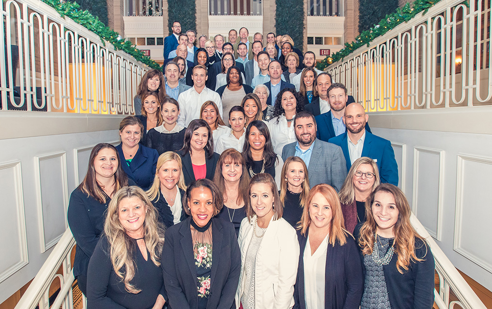 Company picture 2017 full-crop